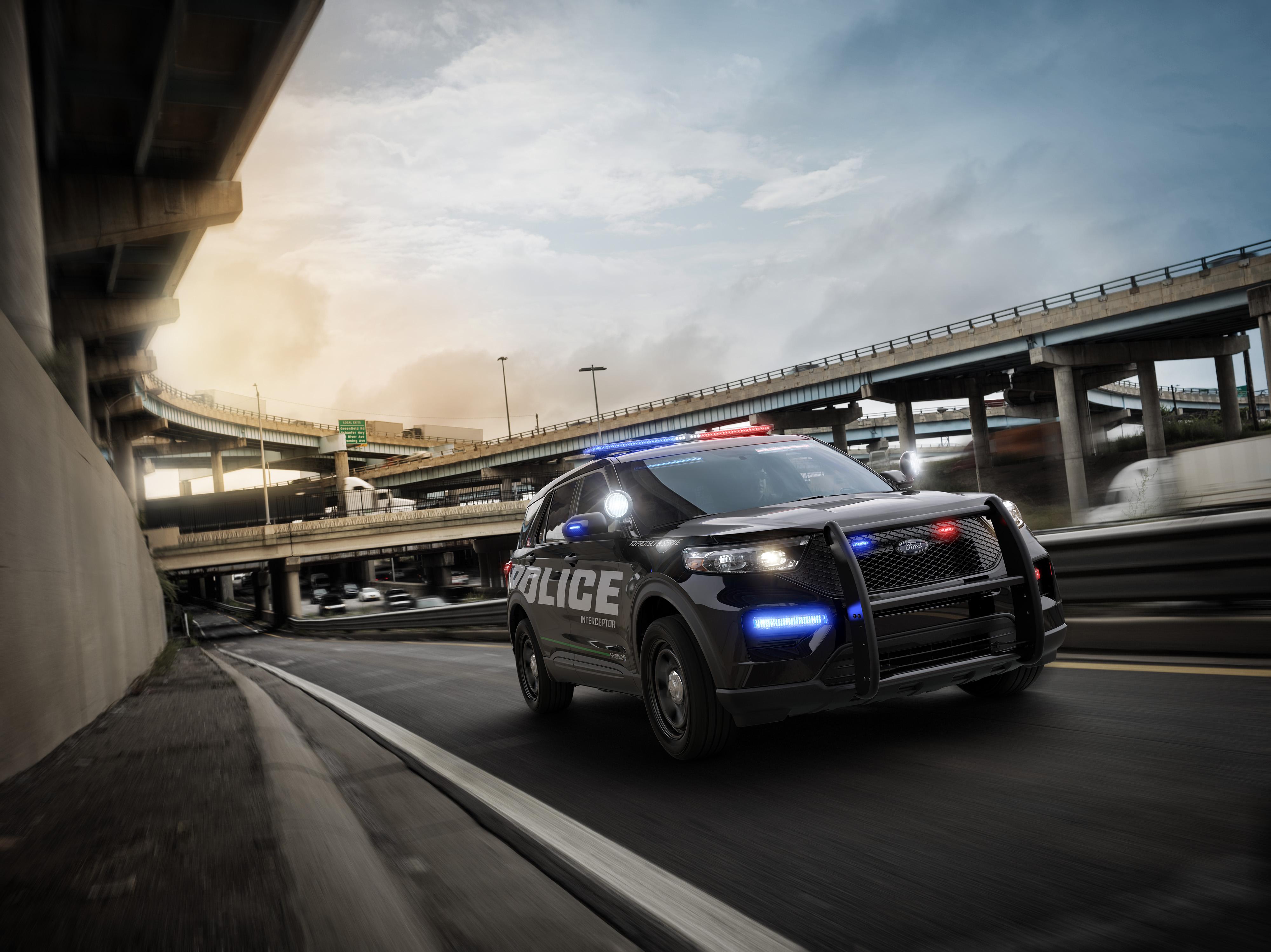 La Polizia americana sceglie l'auto ibrida