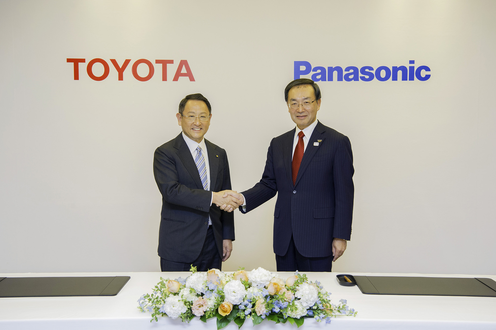 Toyota e Panasonic nuova joint-venture per le batterie al litio