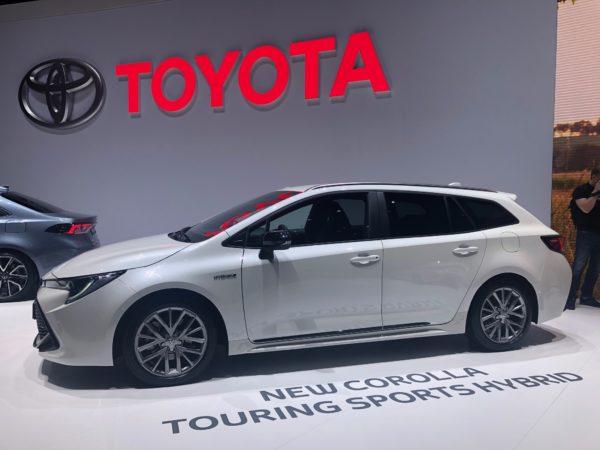 Auto ibrida Full Hybrid e Plug-in tecnologia vincente a Ginevra