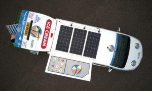 Nissan e-NV200 per gelati pannelli fotovoltaici