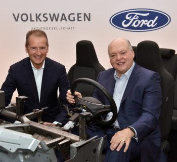 Ford e Volkswagen insieme per la guida autonoma e l'elettrico