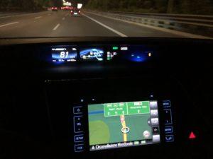 Toyota Mirai interni di notte