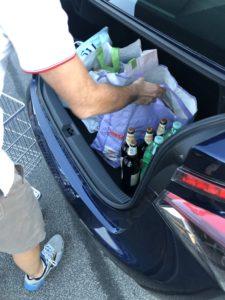 Spesa nel bagagliaio Toyota Mirai