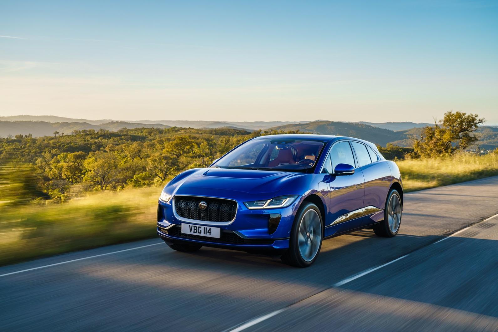 Jaguar Land Rover e BASF, la plastica riciclata caratterizzerà il vero lusso