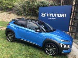 Hyundai Kona tre quarti da sopra