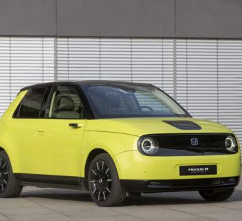 Honda e, l'auto elettrica è una questione di stile – Dossier