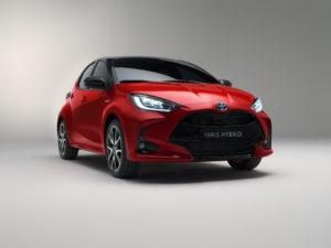 Toyota Yaris 2020 tre quarti avanti