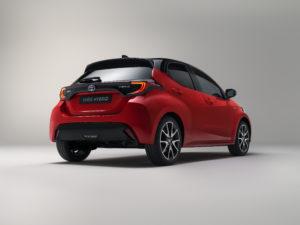 Toyota Yaris 2020 dietro