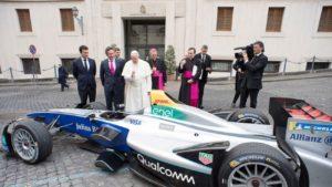 Papa Francesco Formula E