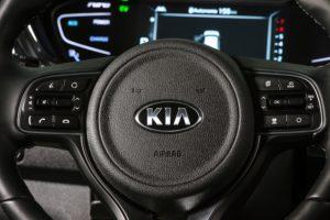 Volante Kia Niro Hybrid