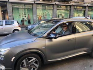 Fabio Orecchini alla guida della Hyundai Nexo a idrogeno a Milano 2019