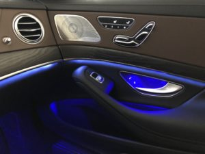 Mercedes 560e EQ Power interno lato passeggero