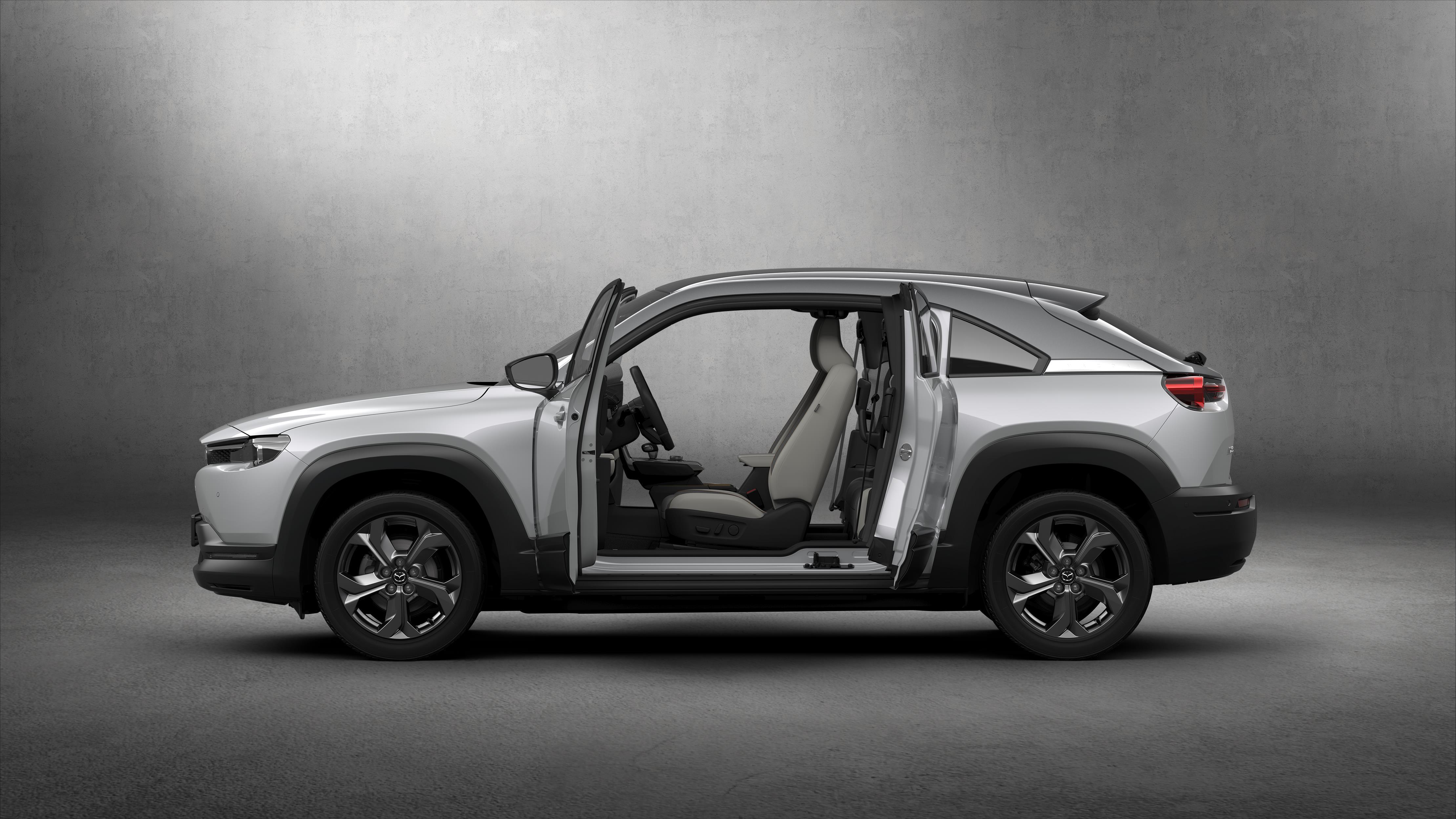 """Mazda MX-30, l'elettrica """"leggera"""" è jinba ittai"""