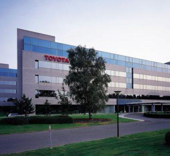 Toyota in Europa da un anno va ad energia rinnovabile