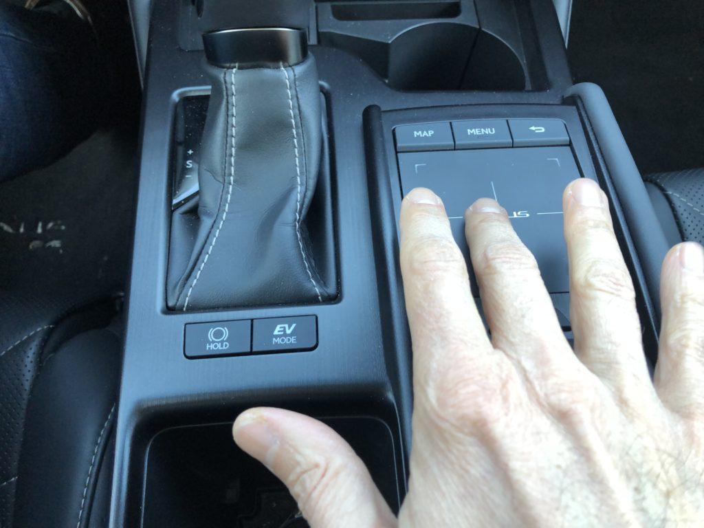 Touch pad Lexus