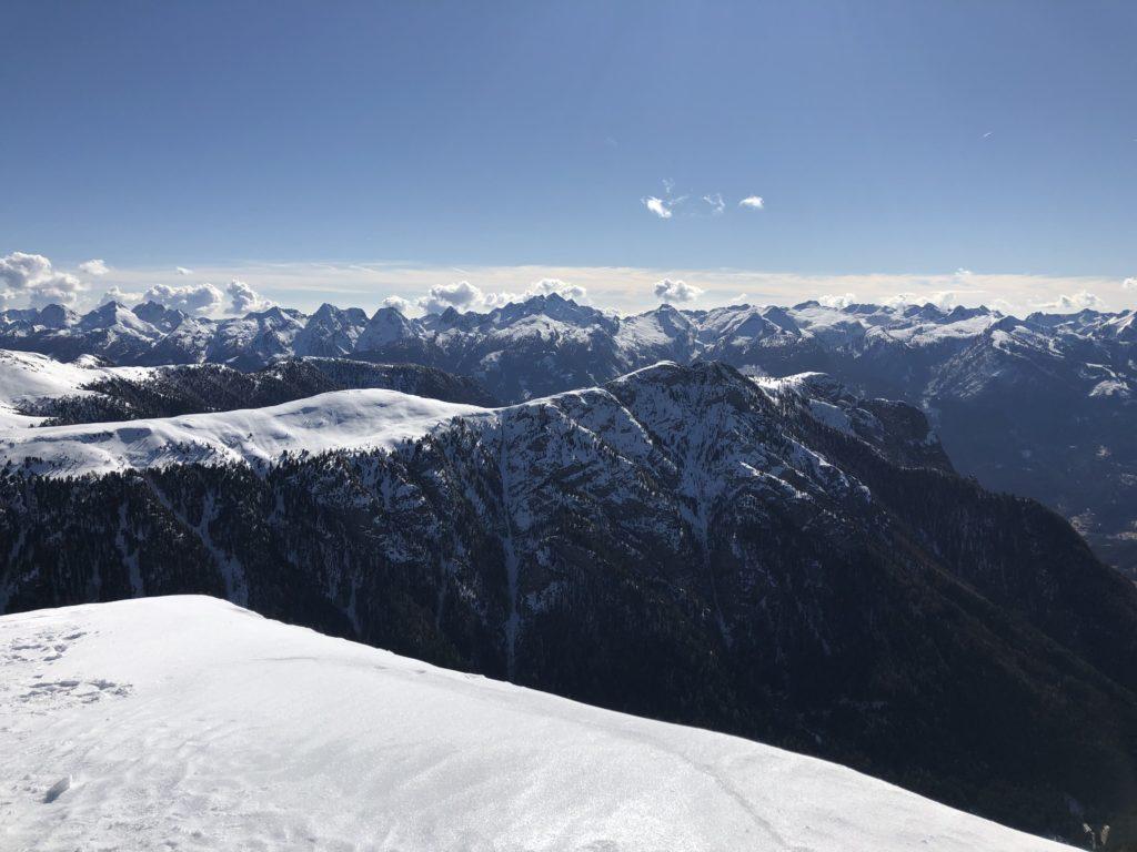 Paesaggio montagna neve
