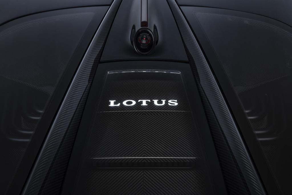 Lotus Evija, l'auto più potente al mondo sarà ad emissioni zero
