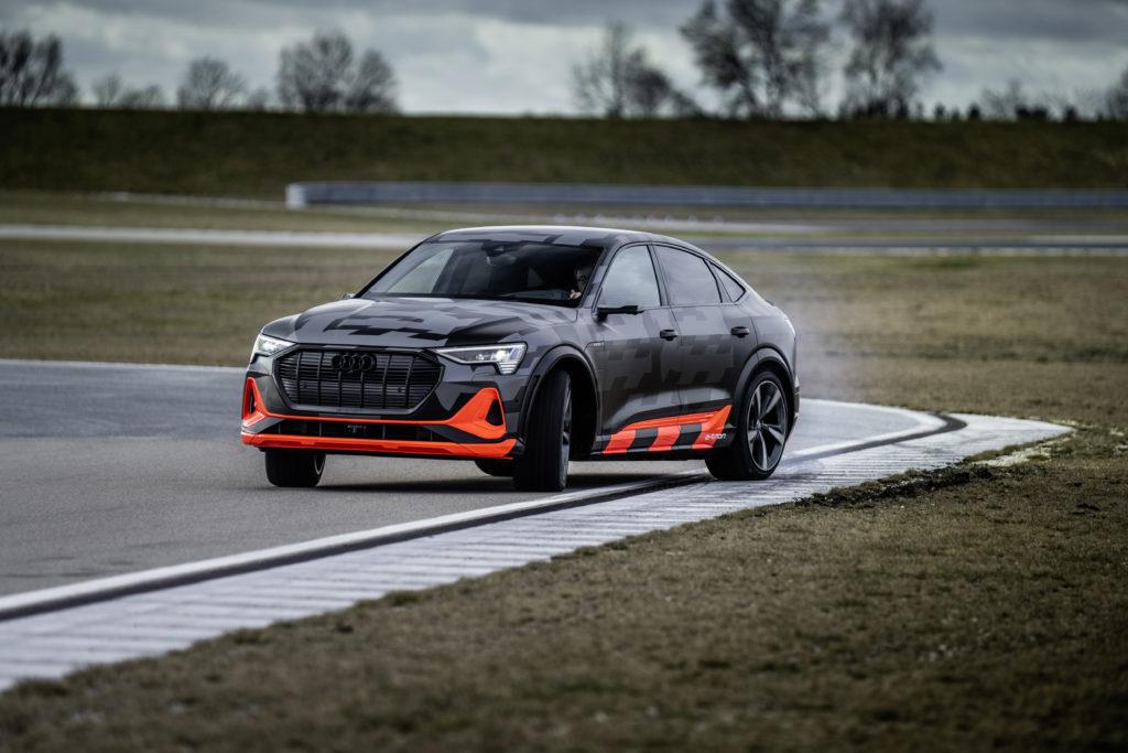 Audi e-tron dinamica pista