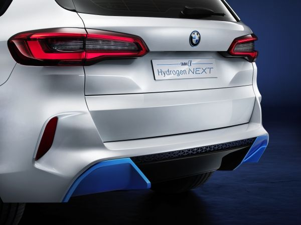 BMW i Hydrogen Next, dal 2022 una flotta di X5 fuel cell