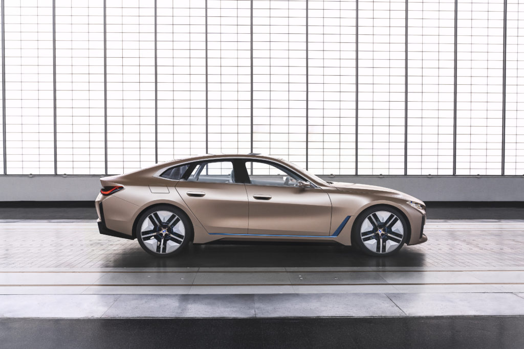Bmw i4 laterale