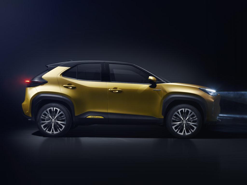 Toyota Yaris Cross profilo