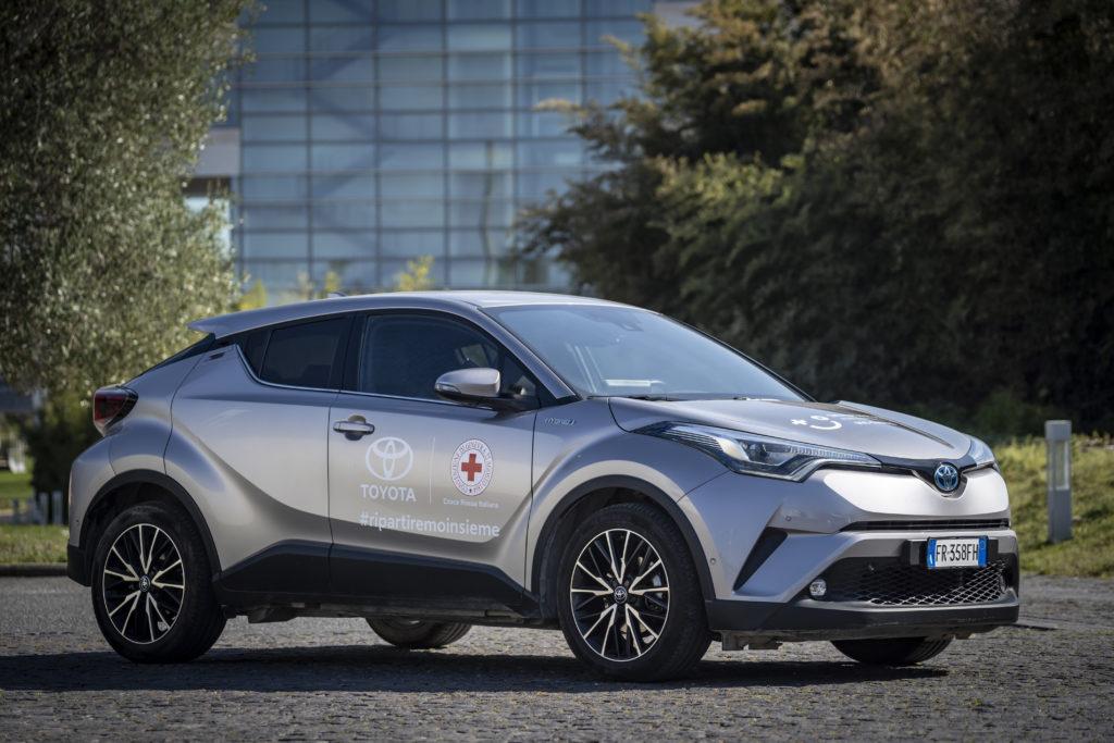 Toyota CHR Croce Rossa