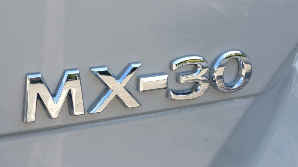 Mazda MX-30 scritta badge