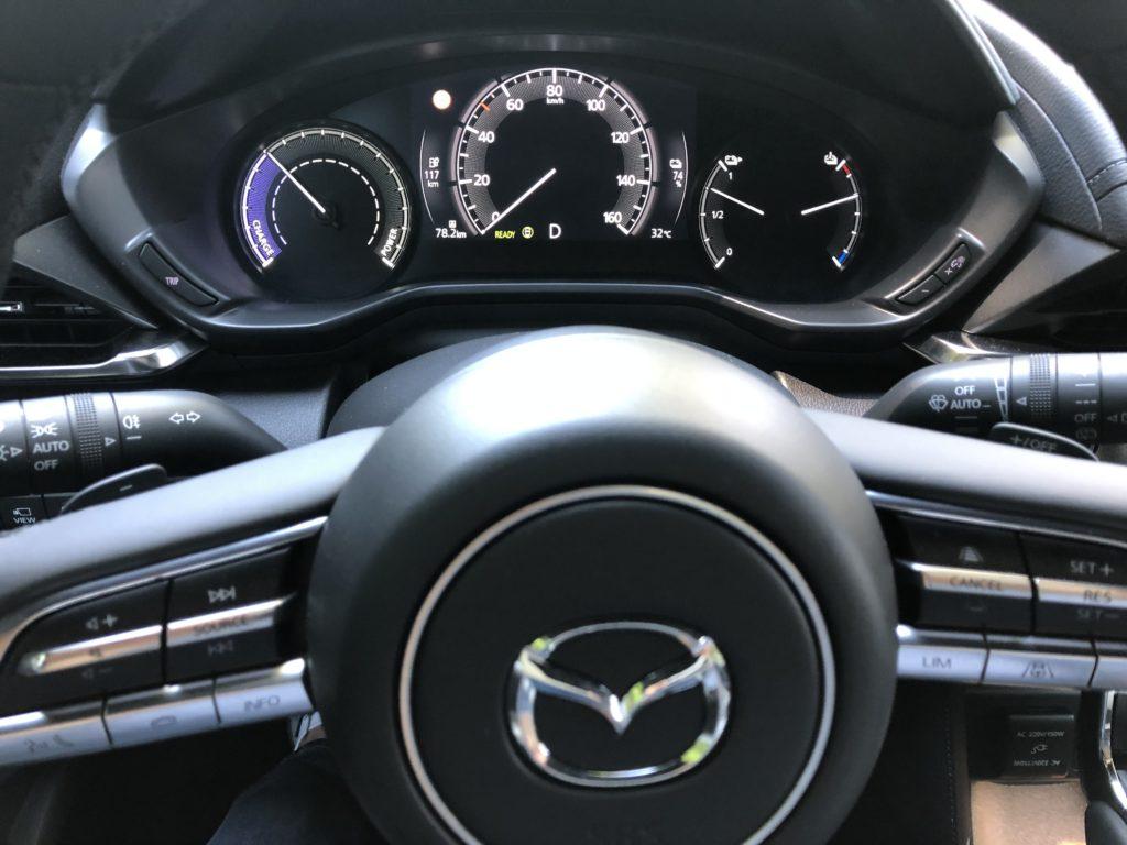 Mazda MX-30 strumentazione