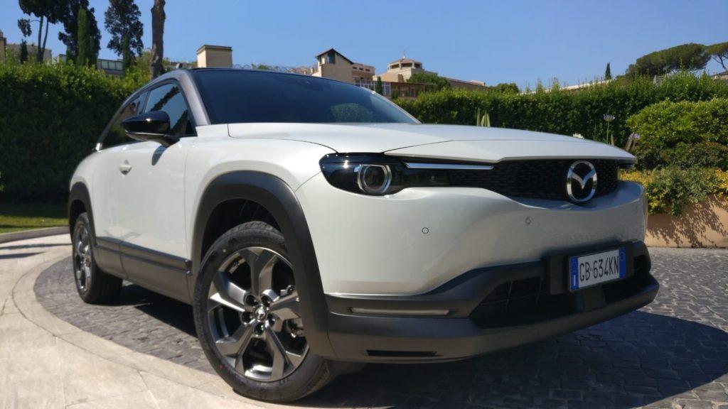 Prova Mazda MX-30 muso