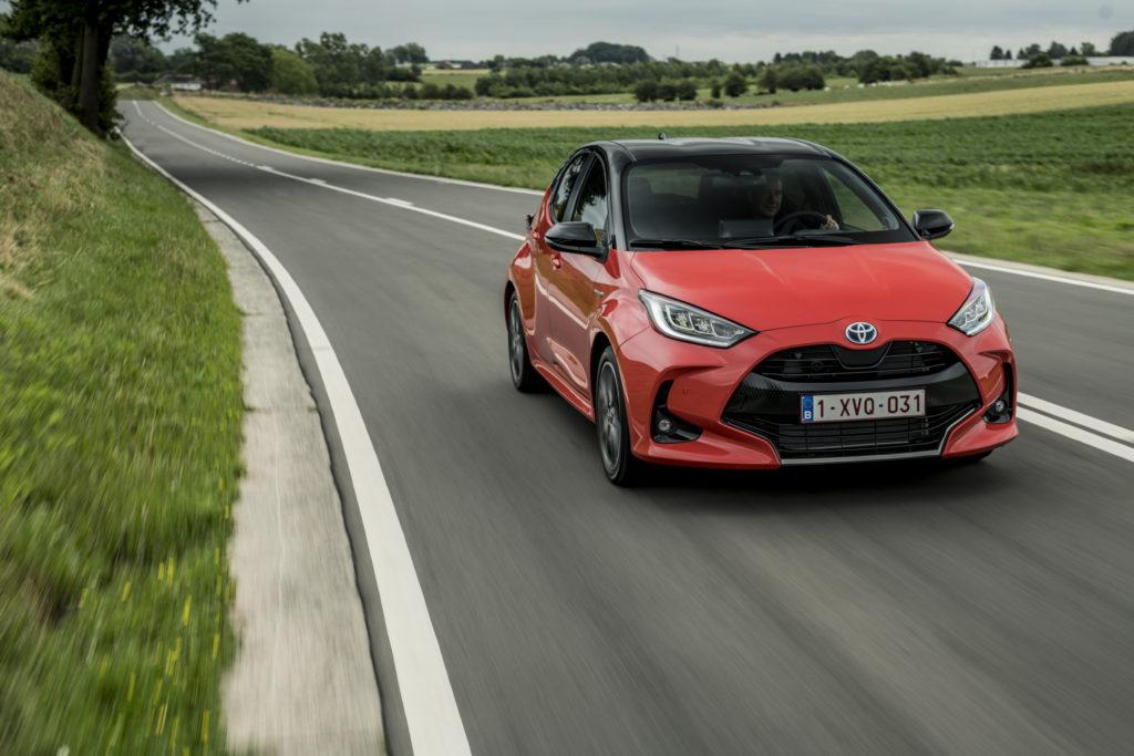 Toyota Yaris Hybrid 2020 dinamica