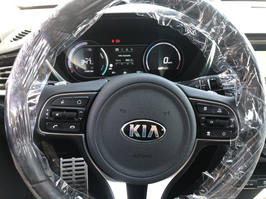 Kia e-Niro volante protetto anti Covid