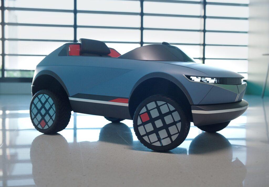 Mini auto elettrica Hyundai