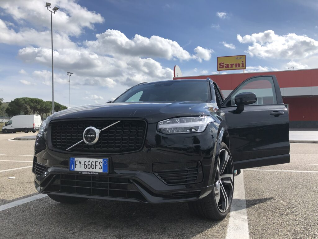 Volvo XC90 plug-in hybrid muso autogrill