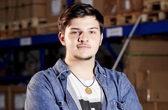 Mattia Barbarossa, il ragazzo che vuole lanciare satelliti grazie alla propulsione elettrica.