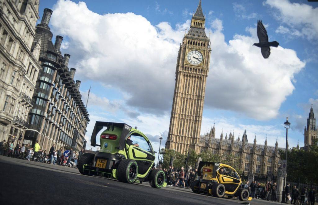 Renault Twizy Oakley Design Big Ben Londra