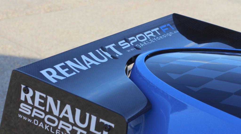 Renault Twizy F1 Oakley Design alettone