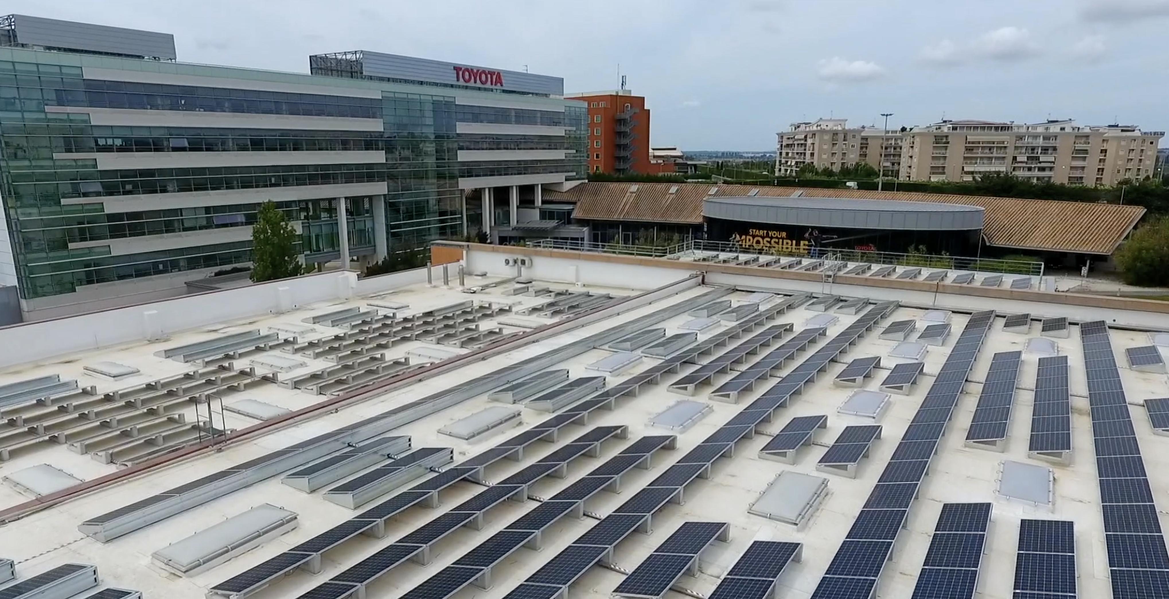 Toyota Green, il fotovoltaico sul tetto evita emissioni per 254 tonnellate di CO2