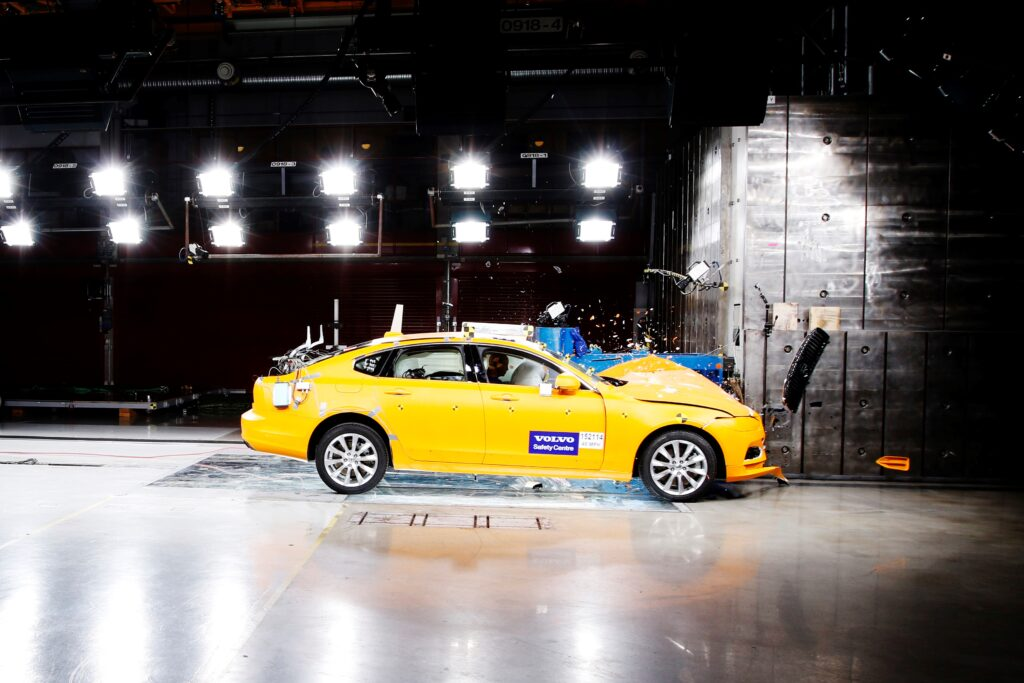 Volvo crash test Centro Sicurezza Goteborg