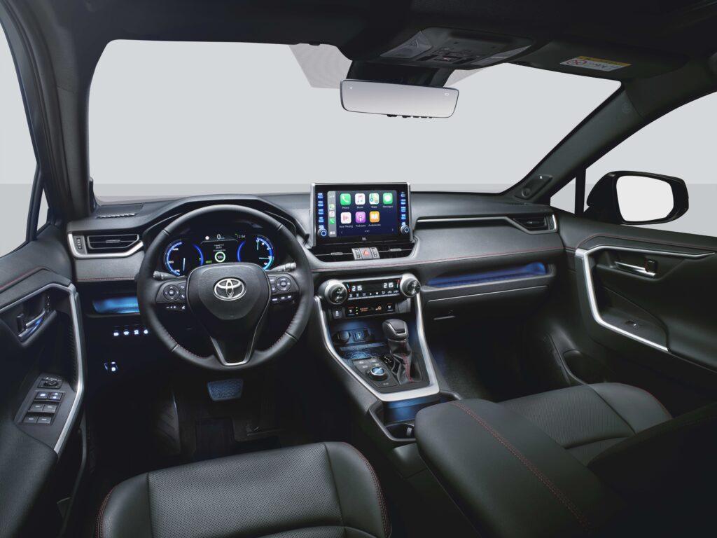 Toyota RAV4 Plug-in interni ampio