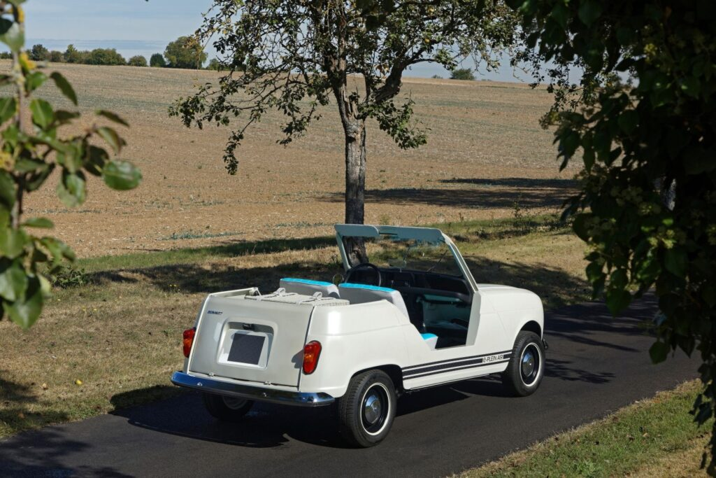 Renault 4 elettrica e-plein air posteriore