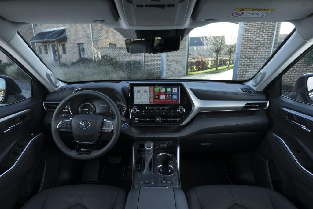 Toyota Highlander Hybrid 2021 Interno
