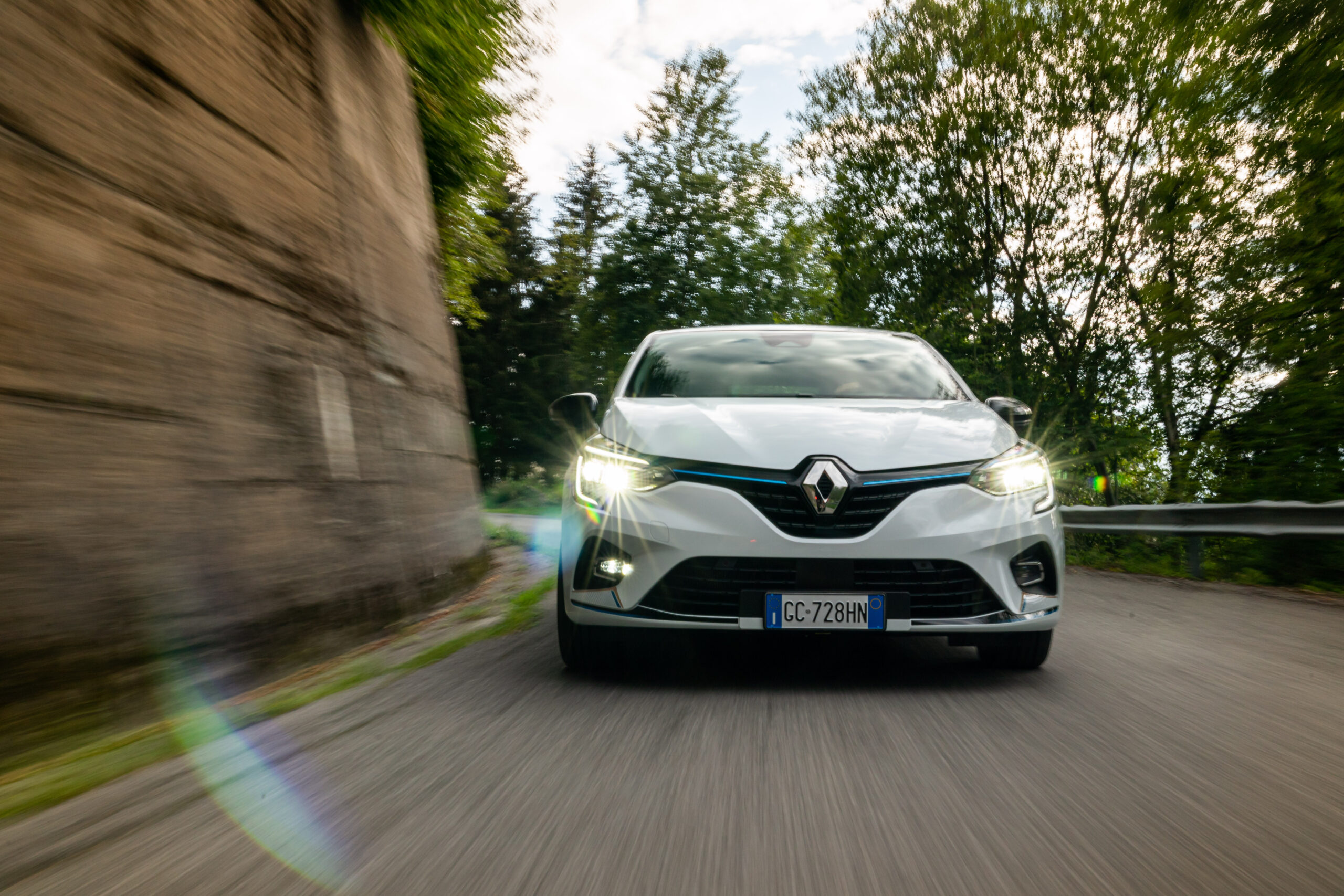 Renault Clio E-Tech, un euroibrido alla francese