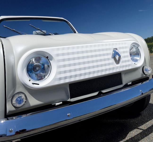 Renault 4 elettrica e-plein air muso