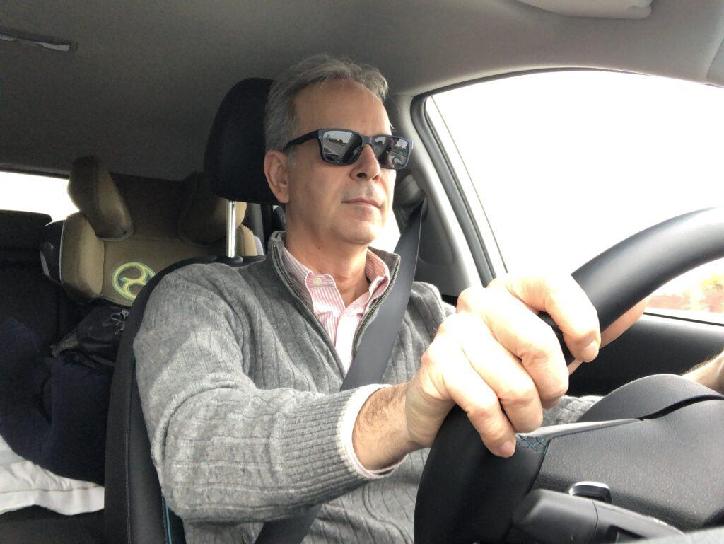 FO alla guida Kia e-Niro autostrada