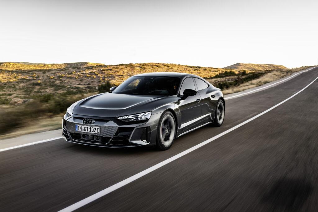 Audi e-tron GT dinamica vista anteriore