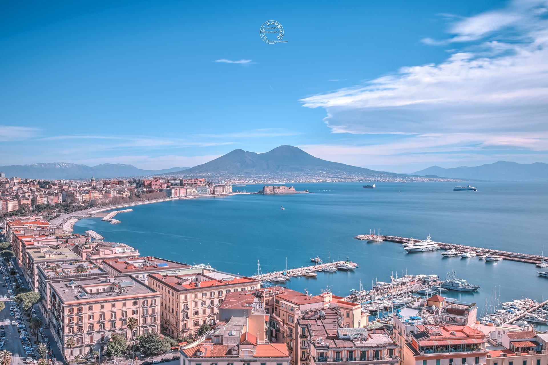 Bluexperience, Napoli prova a fare il salone della mobilità sostenibile
