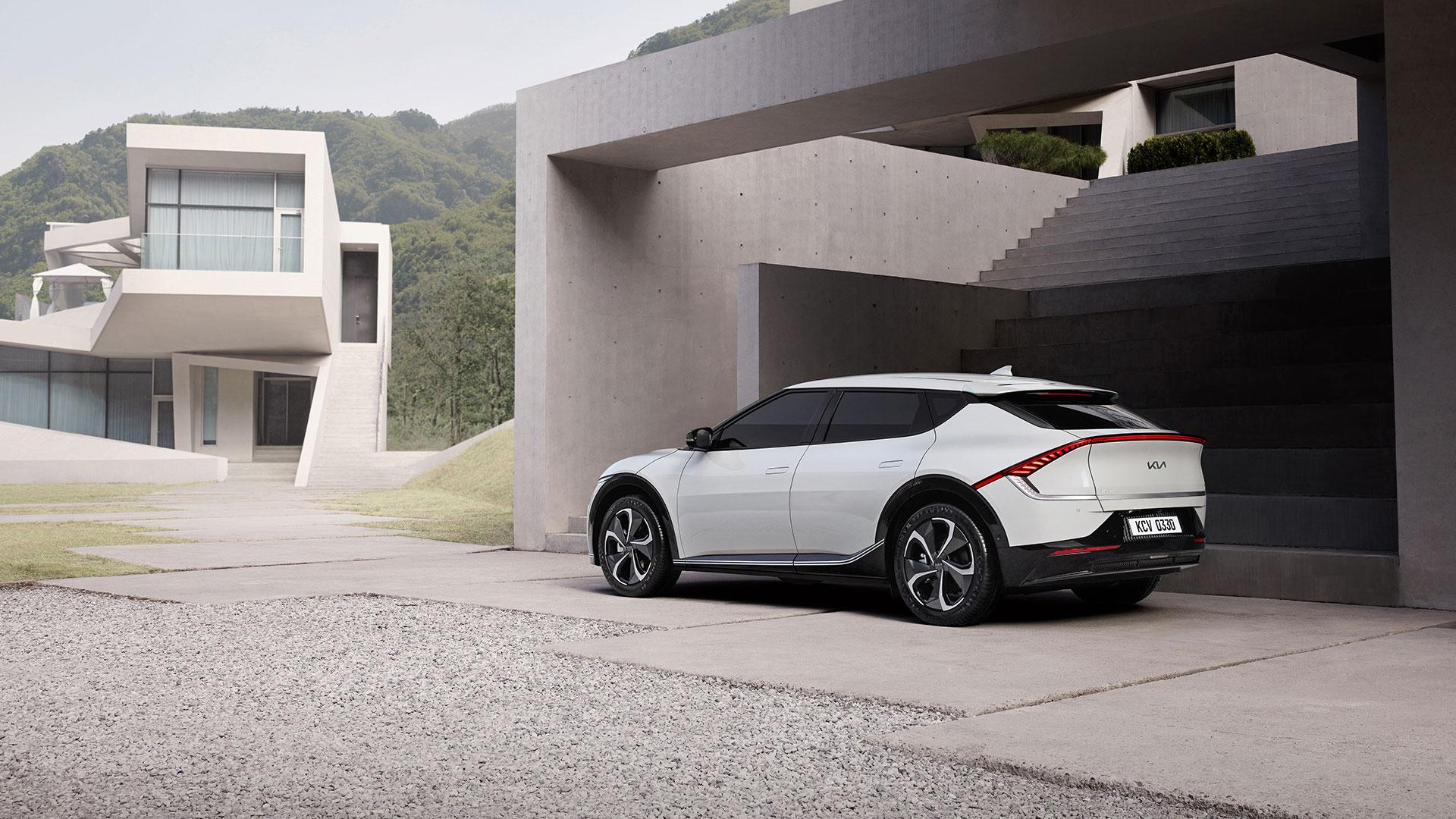 Kia EV6, il design sprizza futuro