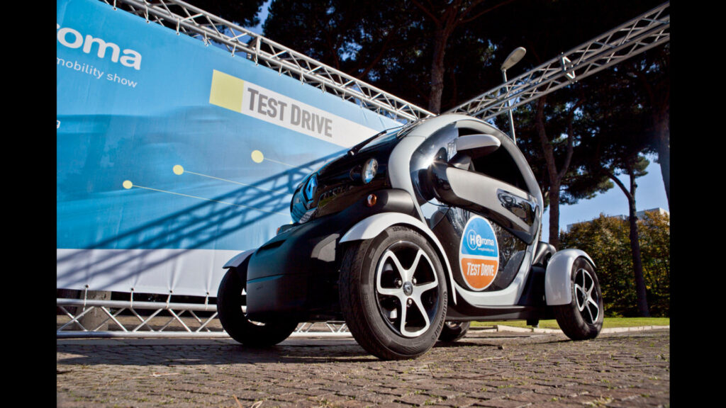 H2Roma test drive Twizy