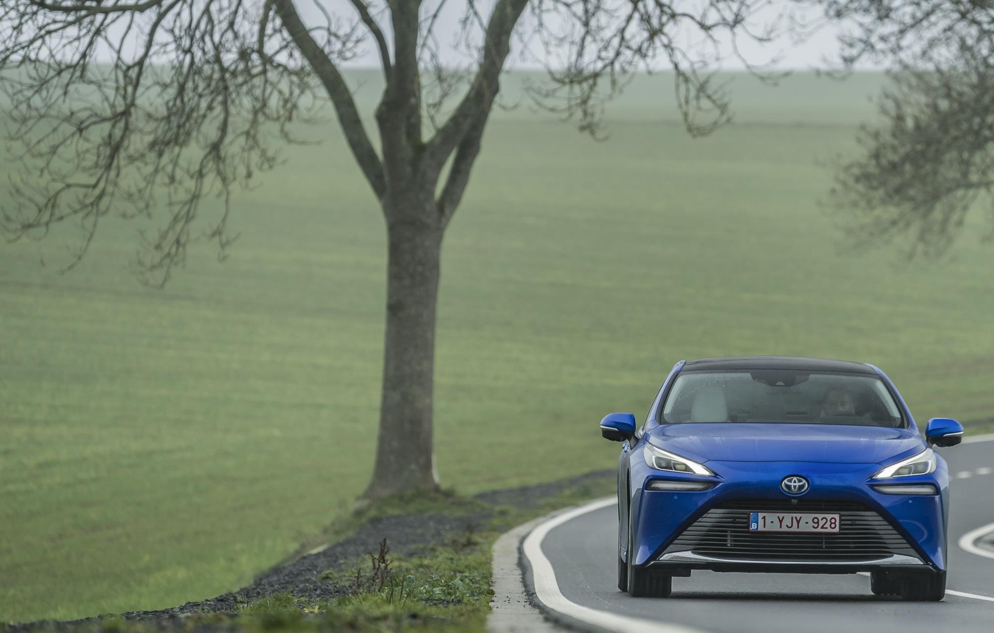 Toyota Mirai, di nuovo sulle strade di Milano a fare da vetrina per l'idrogeno