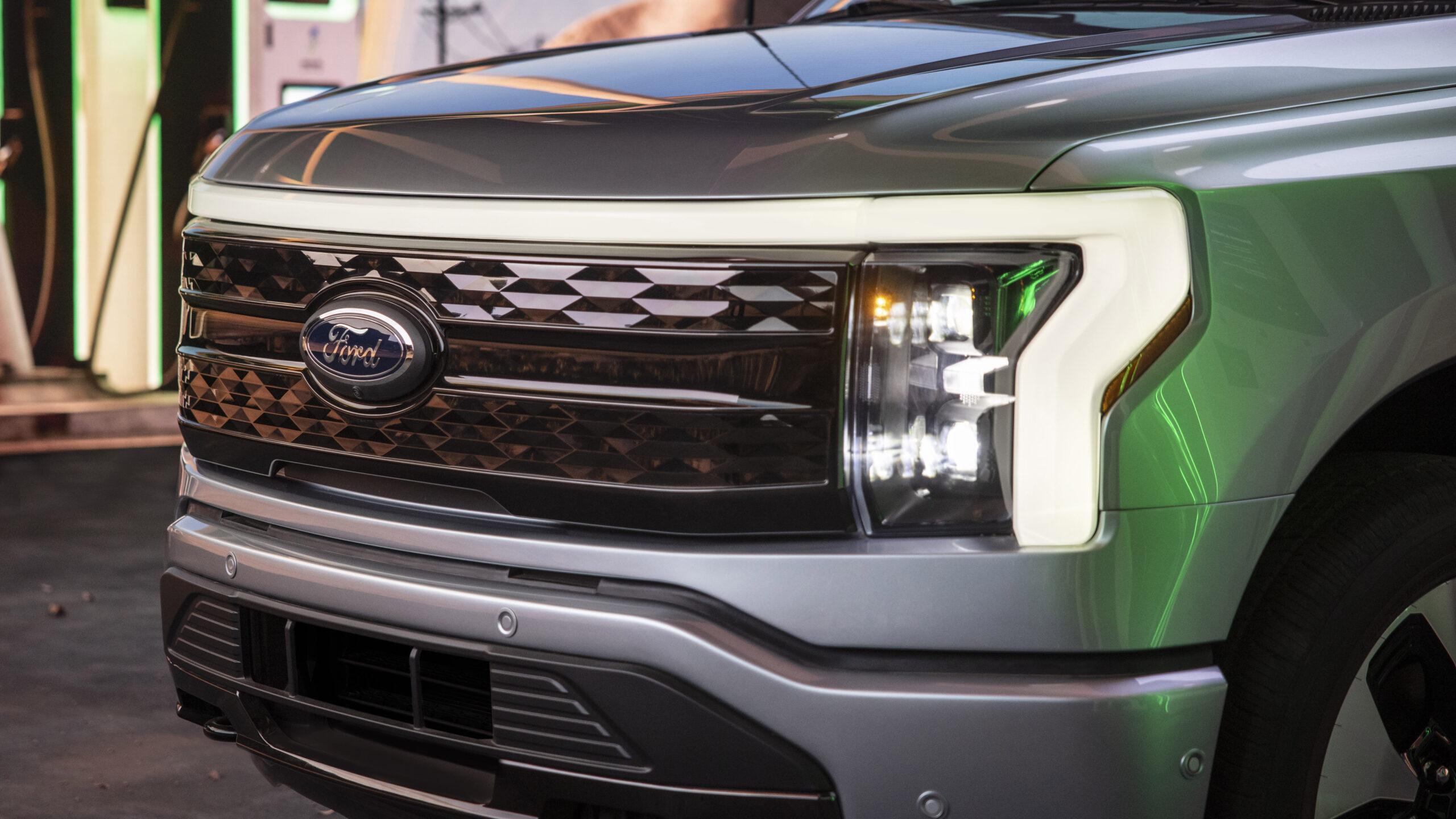 Ford F-150 Lightning, anche l'utilitaria all'americana diventa elettrica